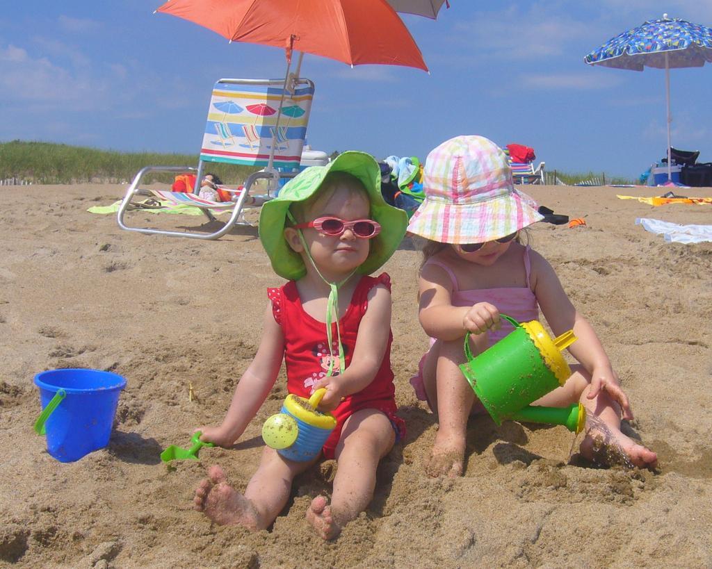 Солнечные ванны детям фото